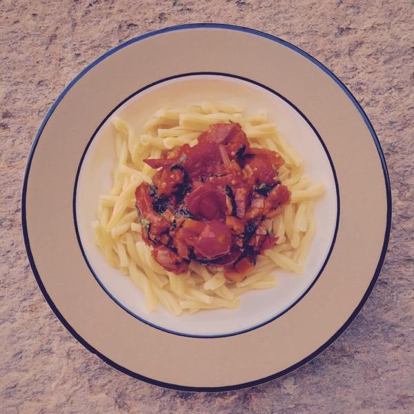 Pasta Con Salsiccia E Comodoro by Jens Haas
